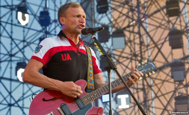 Співак Олег Скрипка, лідер гурту «Воплі Відоплясова», під час фестивалю «Країна мрій». Київ, 28 червня 2017 року