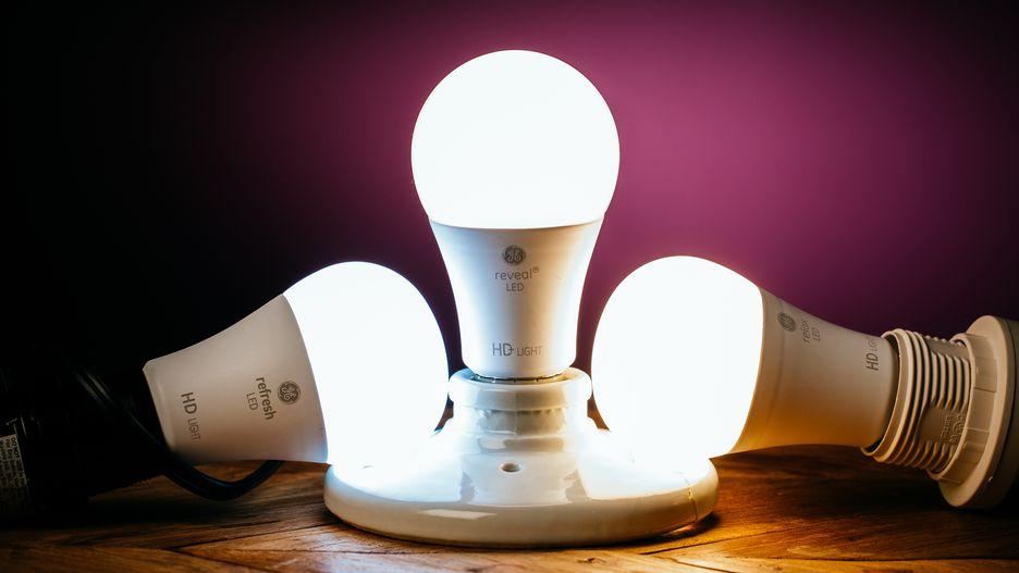 Đèn LED là thiết bị chiếu sáng sử dụng chip LED công nghệ hiện đại