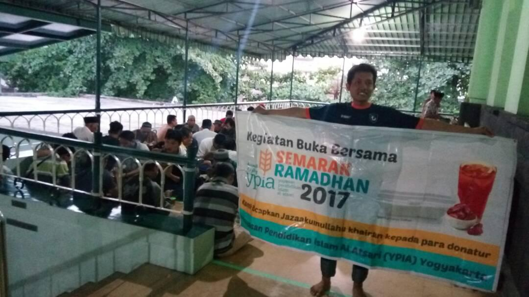 H:\dokumentasi buka puasa\WhatsApp Image 2017-06-16 at 08.27.49 (10).jpeg