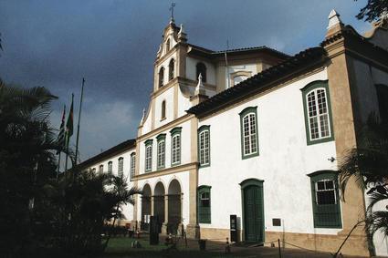 Resultado de imagem para Igreja e Convento de Nossa Senhora da Luz