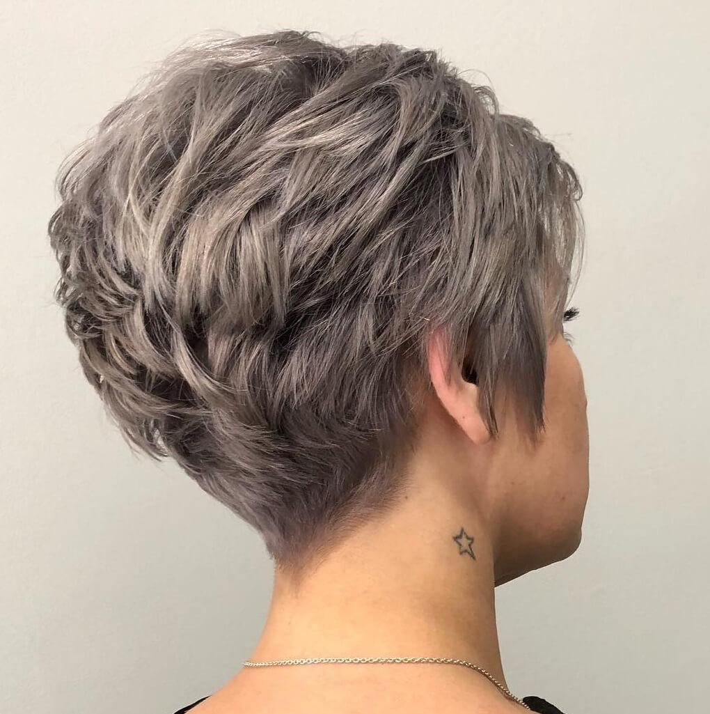 http://i1.wp.com/shorthaircutsmodels.com/wp-content/uploads/2020/04/Low-maintenance-short-pixie-cuts-for-thick-hair-15.jpg