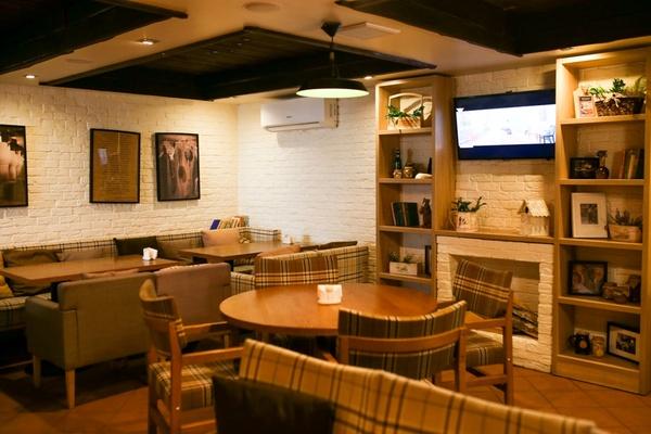 Ресторан «Свои» в Минске