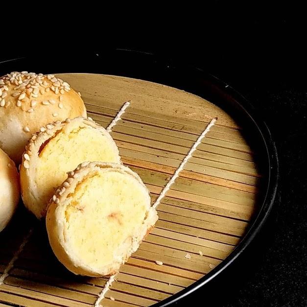 原價   500   全系列產品均為純素,不含蛋奶製品 以最純粹的素材與真功夫一決勝負的招牌商品! 少糖、少油,長時間慢火烘焙的招牌金黃綠豆沙 每一口都香濃又純粹