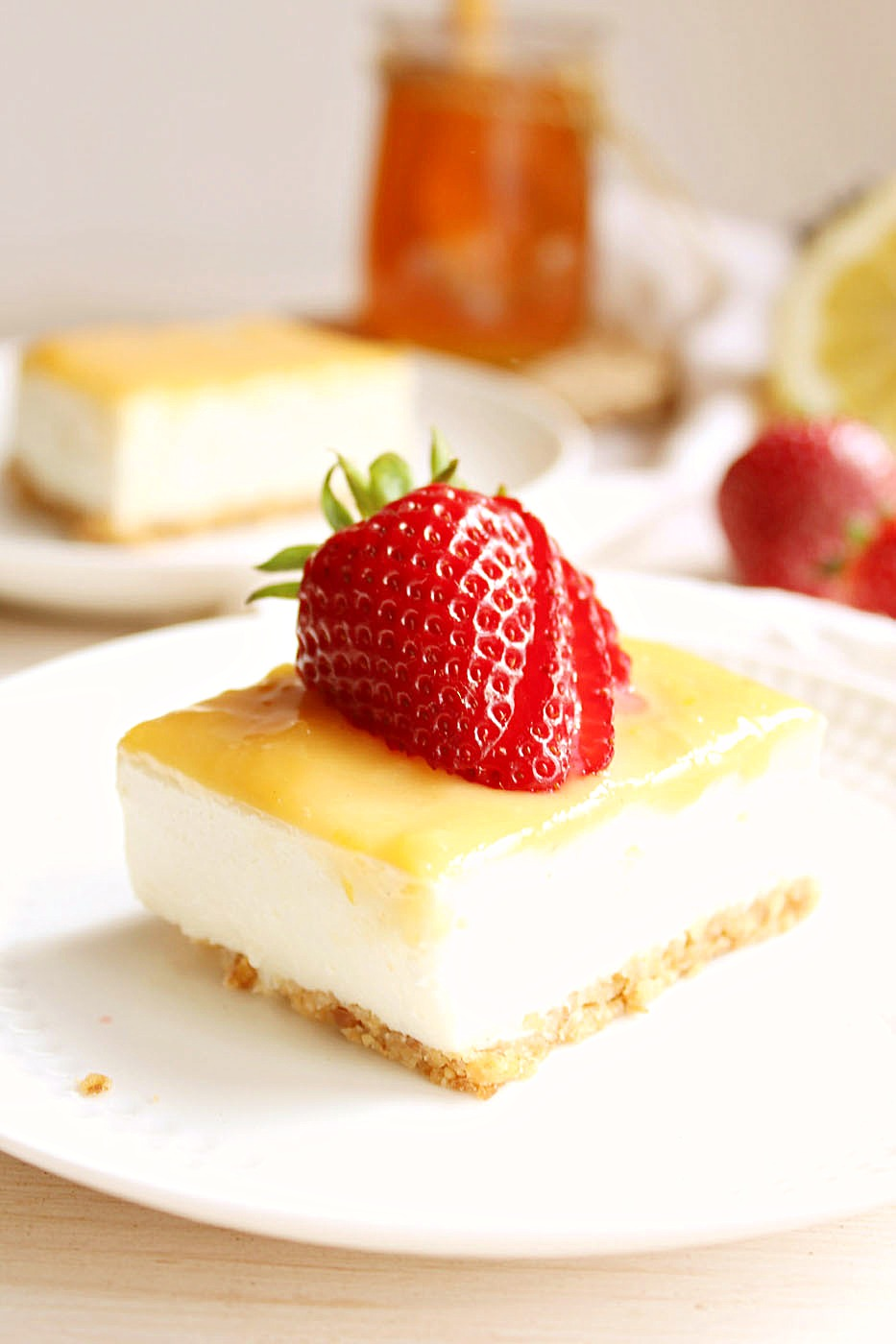 Clean Eating Lemon Curd Cheesecake Bars: free of refined sugars and high in protein!