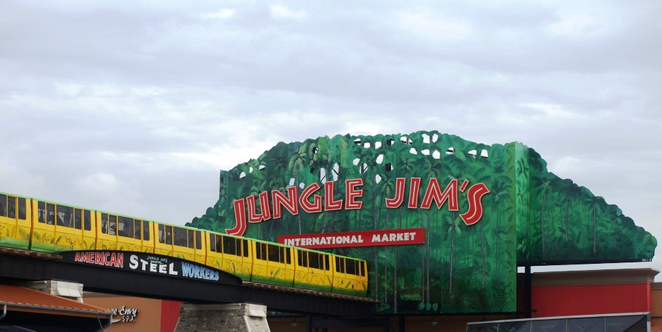A sign for Jungle Jim's