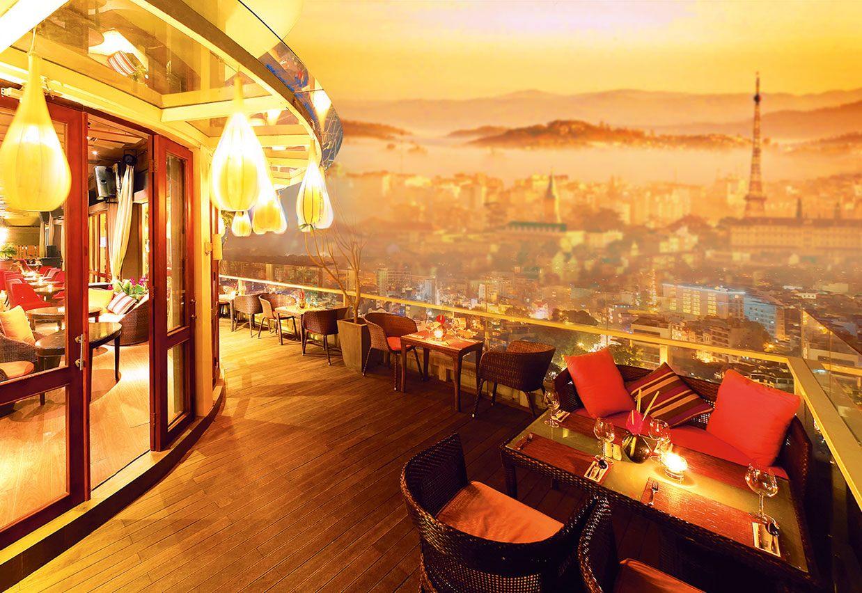 Cảnh đẹp Cafe Panorama lung linh khi đêm về