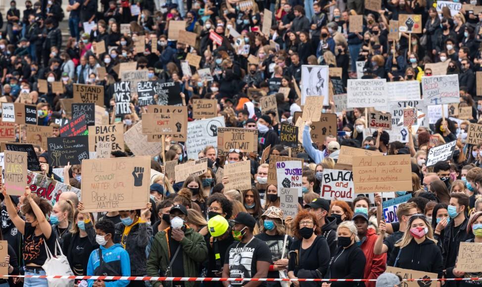 Zehntausende demonstrieren gegen Rassismusmün2.cleaned