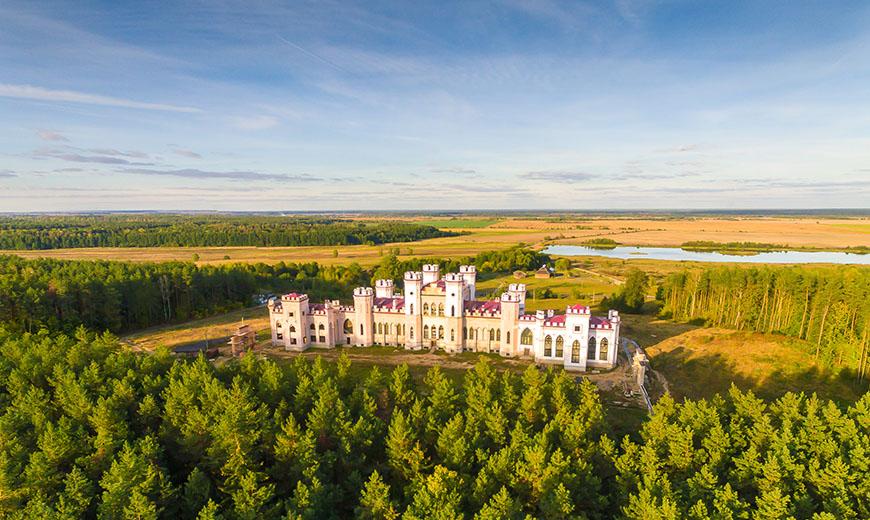 Достопримечательности Беларуси: замок в Коссово