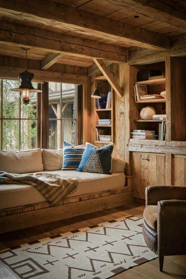 Phòng đọc sách đơn giản và mộc mạc