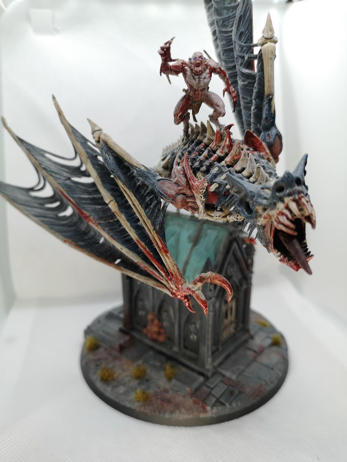 An Abhorrent Ghoul King on Royal Terrorgheist