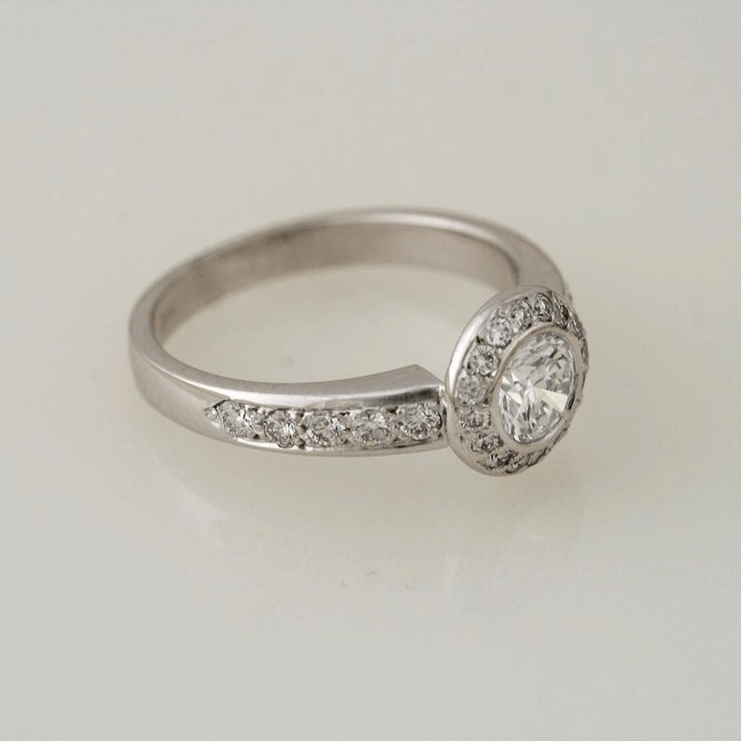 Diamond Ornament Halo Ring