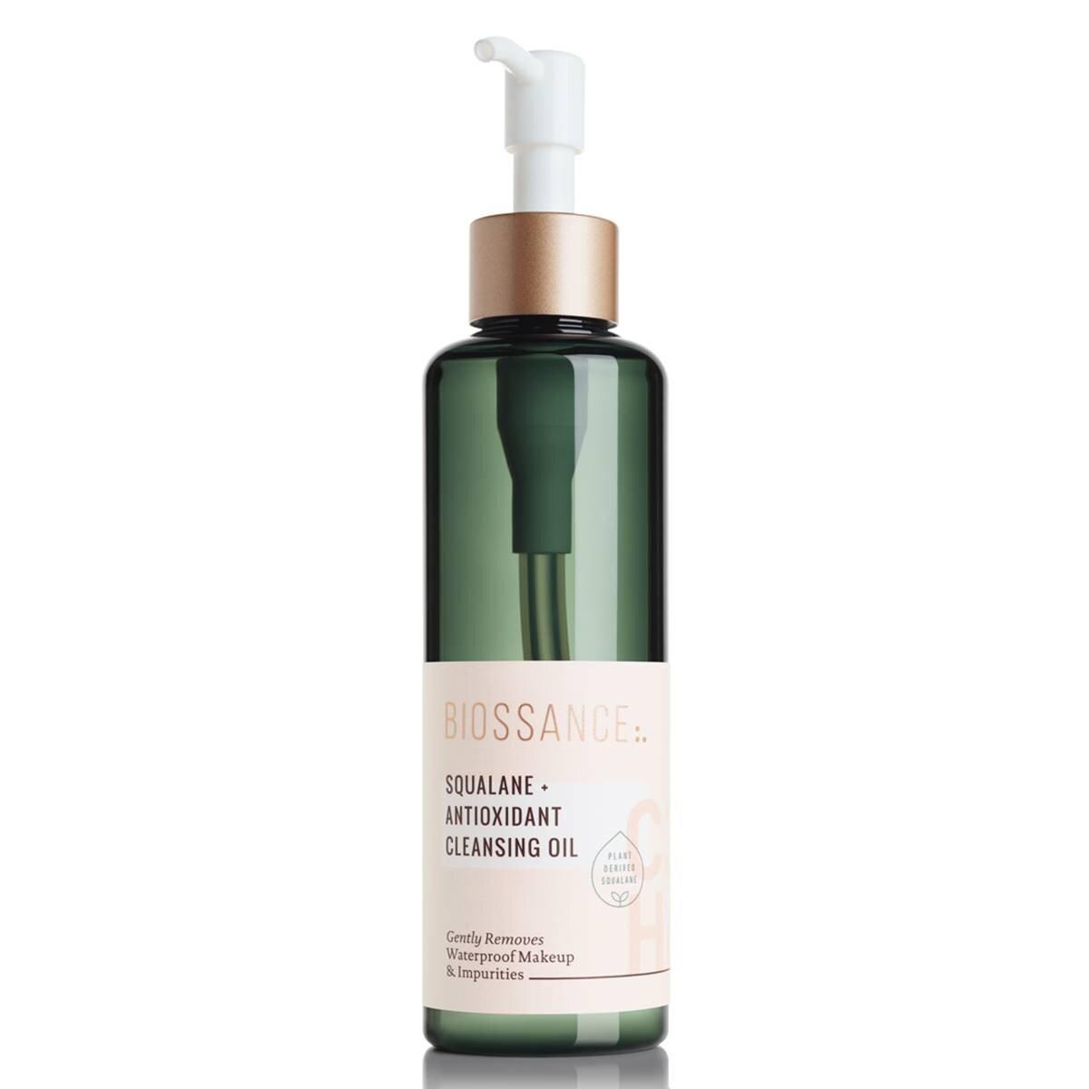 cleansing-oils-for-oily-skin-285927-1583530685624-main.1200x0c.jpg