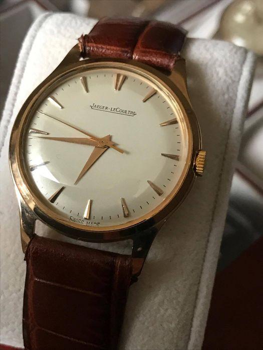 10f7a4f2445 Avez-vous besoin d une montre comme cadeau ou pour vous-même  Encore des  doutes pour faire le meilleur choix  Peut-être que notre enchère Montres  Jaeger ...