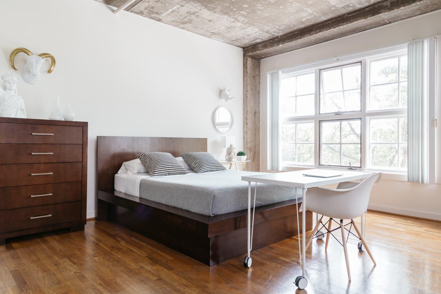 Inspirasi desain kamar minimalis - source: apartmenttherapy.com