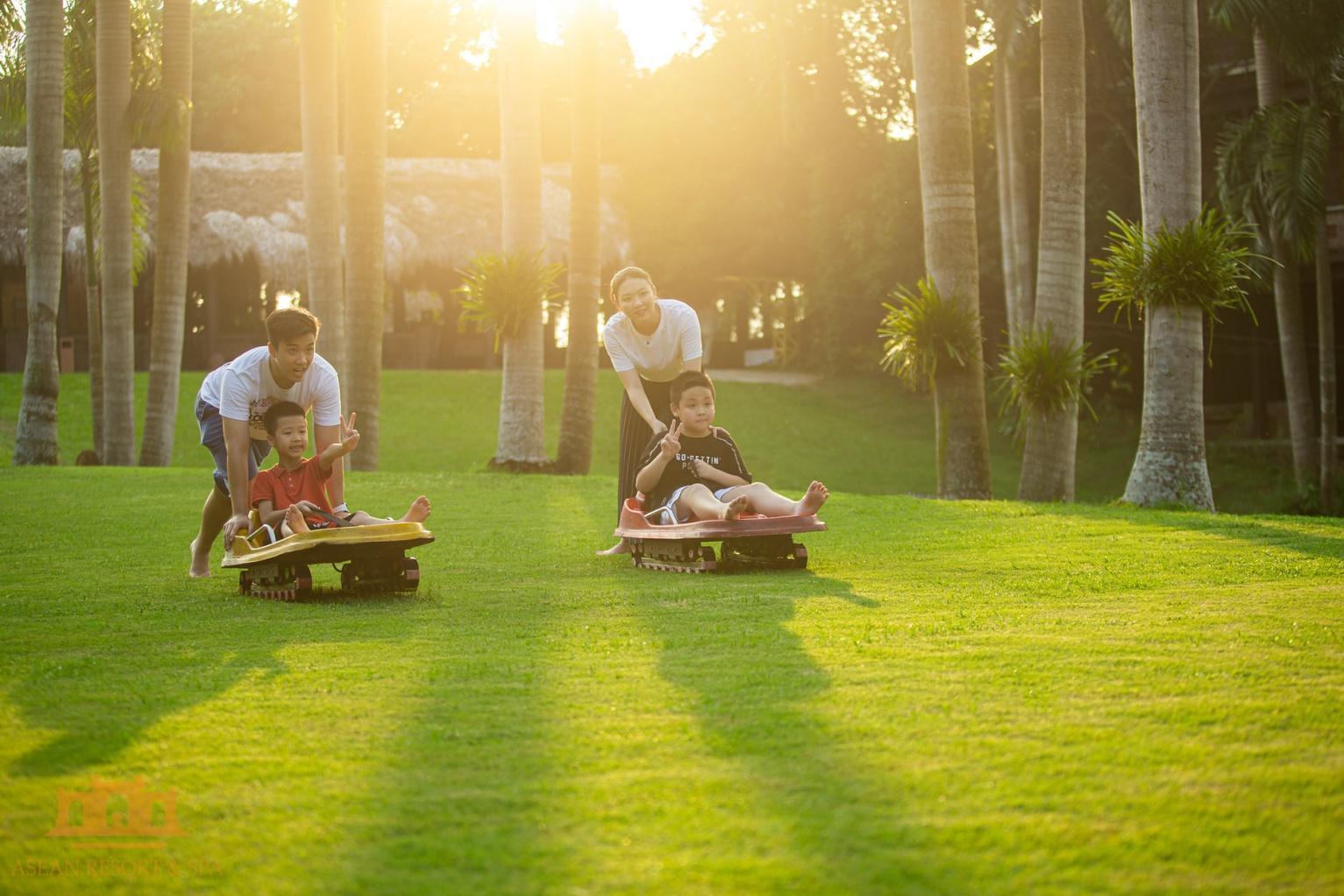 trượt cỏ tại asean resort