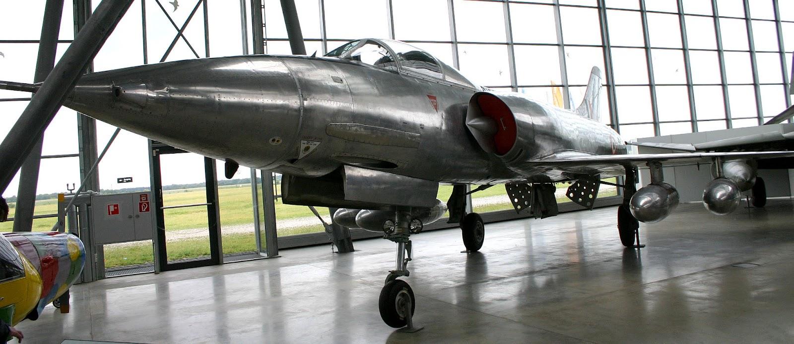 HAL-HF-24-Marut.jpg