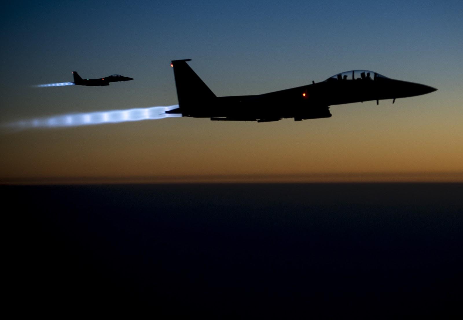 Airstrikes_in_Syria_140923-F-UL677-654.jpg