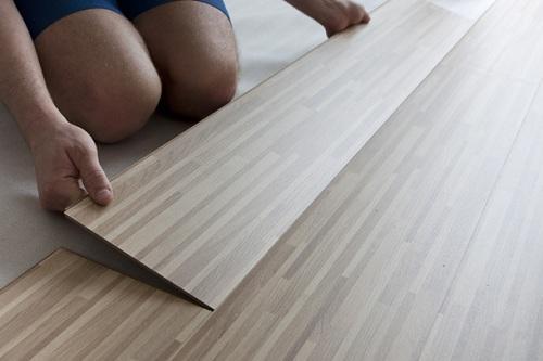 hận biết sàn gỗ công nghiệp chính hãng