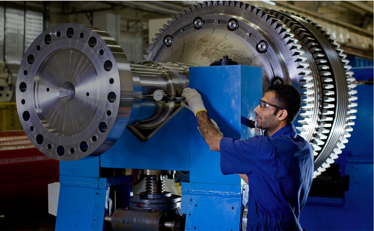 The Difference Millwright Vs. Industrial Machinery Mechanic