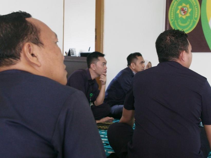 http://pa-tamianglayang.go.id/images/WhatsApp%20Image%202020-04-30%20at%2010.17.12.jpeg
