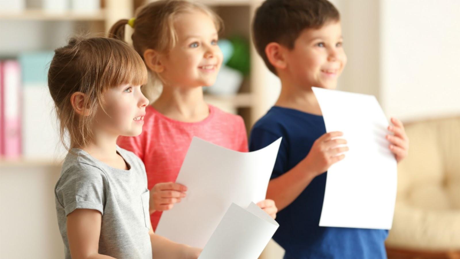 8 способов помочь ребенку, который волнуется перед выступлением - Телеканал  «О!»