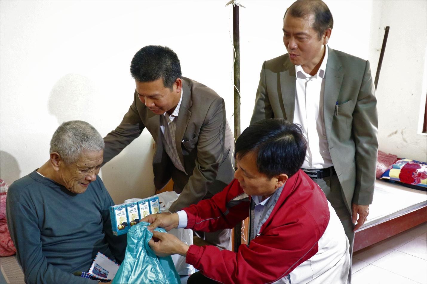 E:thông tin DNmaccatặng quà tại Hà NambàiIMG_1128.JPG