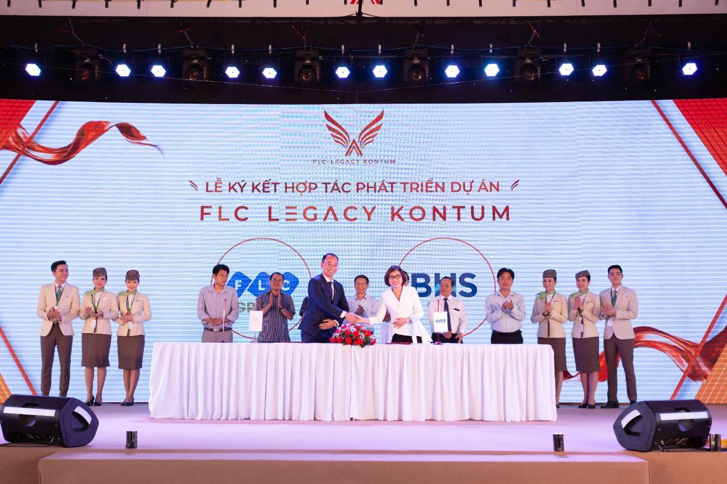 Sự kiện ra mắt FLC Legacy Kontum: Hút hàng ngàn khách hàng từ mọi miền đất nước - Ảnh 4