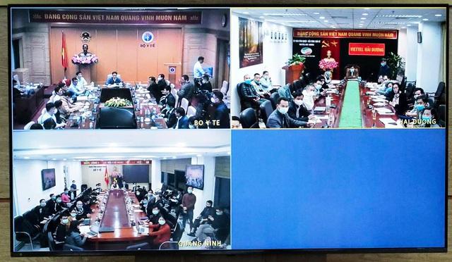 Việt Nam phát hiện 2 ca Covid-19 ngoài cộng đồng, Bộ Y tế họp khẩn - 2