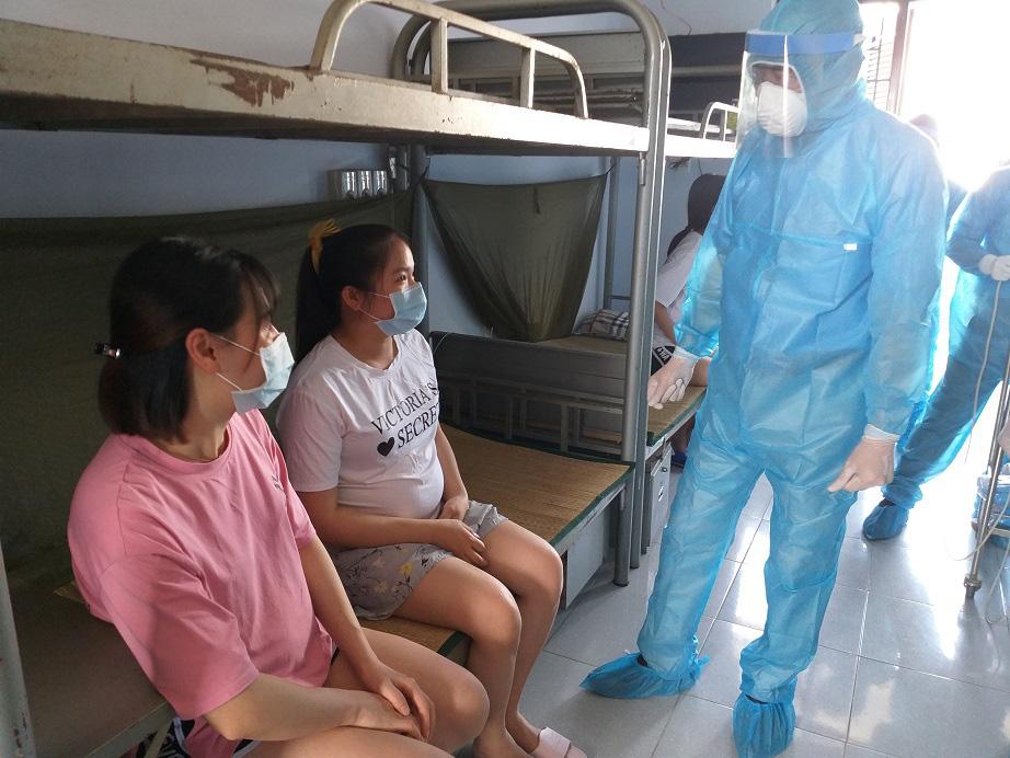 Quảng Nam thêm 7 ca dương tính, triển khai ứng dụng cảnh báo nguy cơ lây nhiễm - Ảnh 1