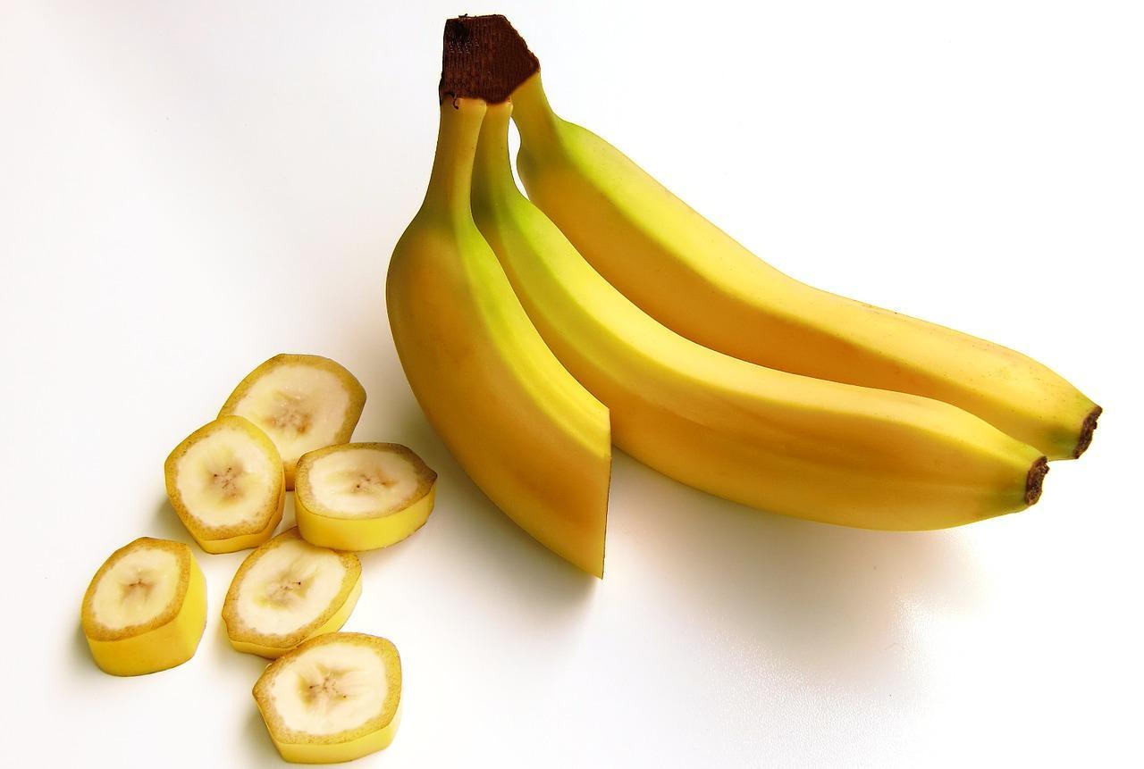 bananas-652497_1280.jpg