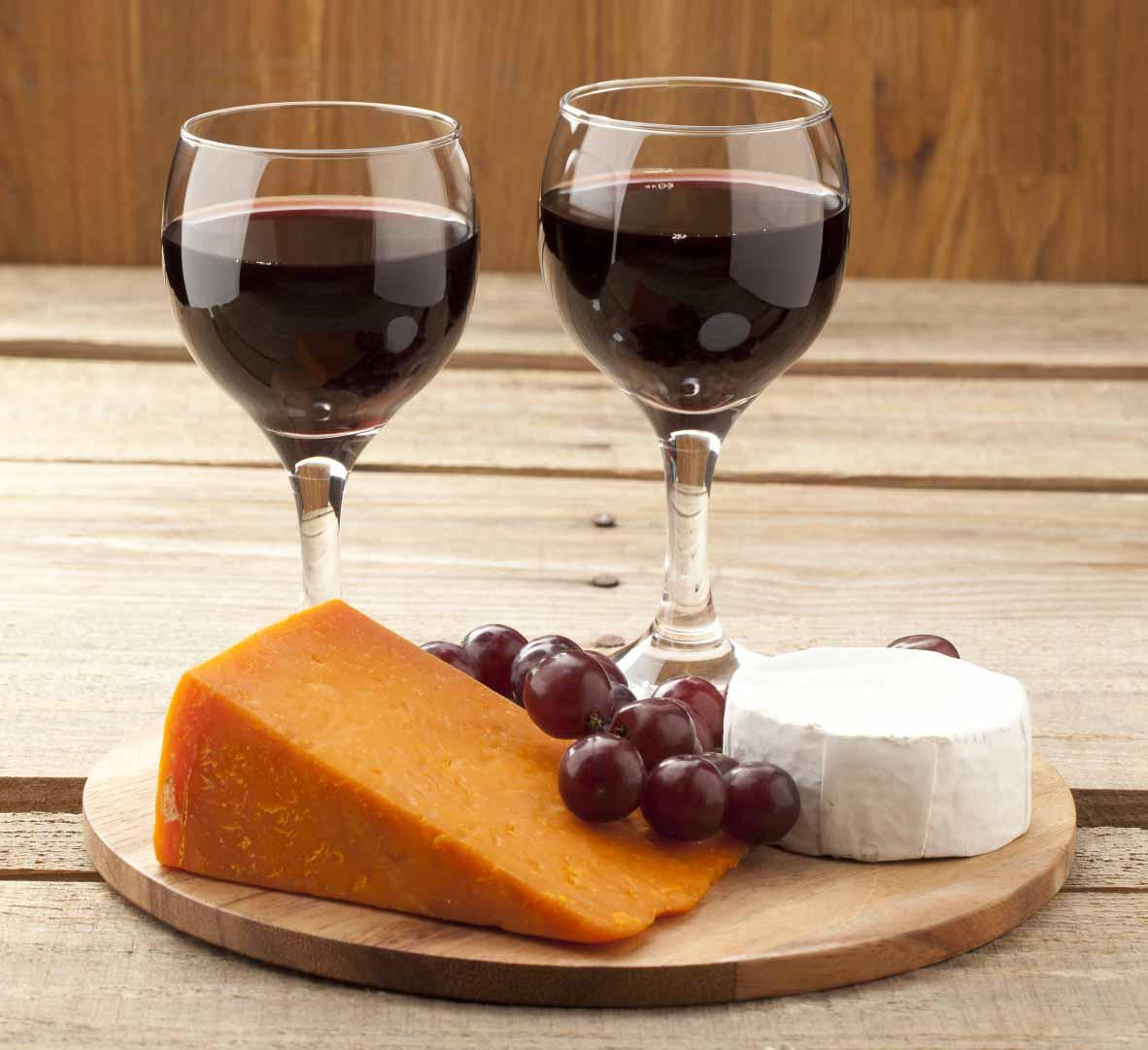 Pairing French Cheeses with Suitable Wines to Make the Perfect Match!