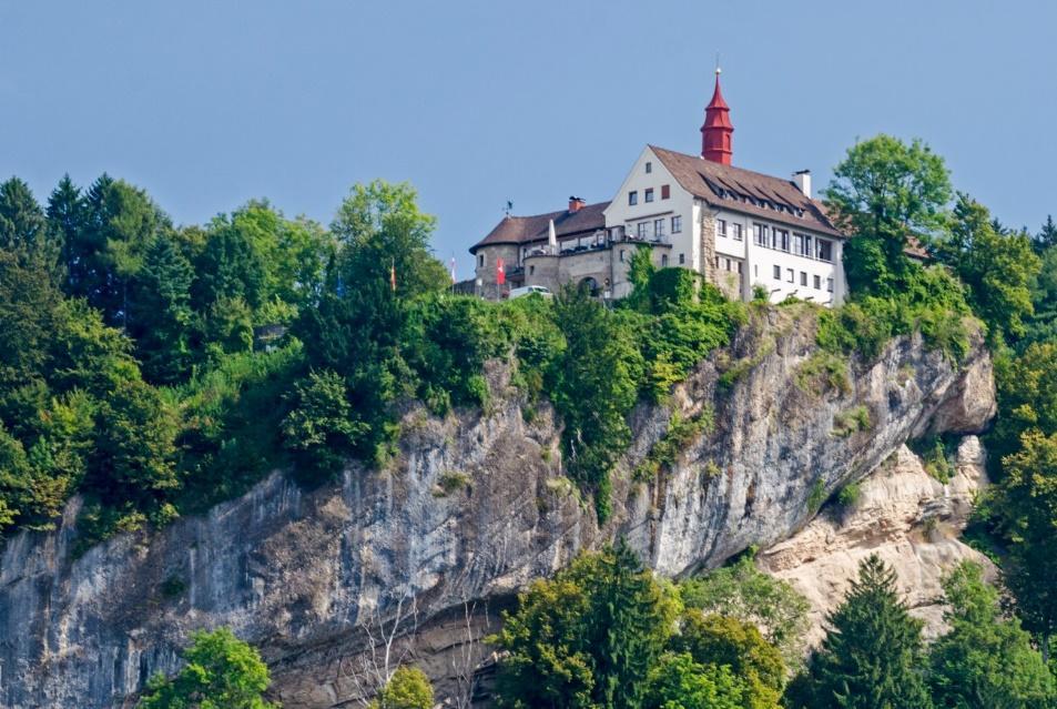 C:\janka\sajat\Jogász Cafe\Bodeni-tó_Bagó Tünde\Ausztria legnyugatibb pontja\E15_kicsik.jpg