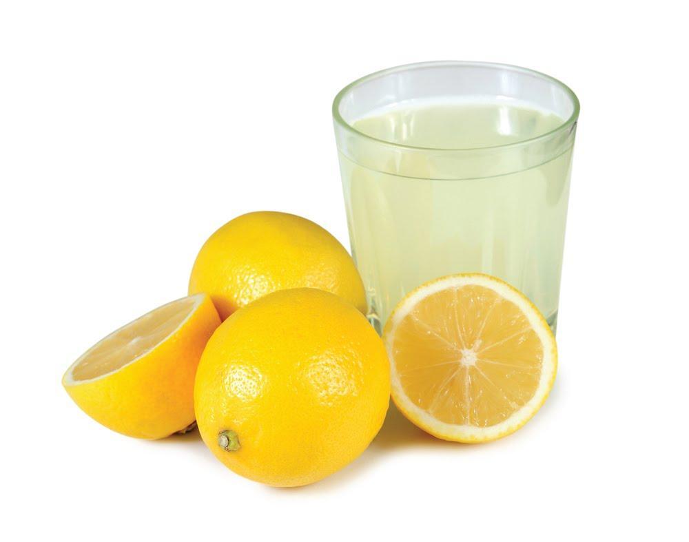 http://drmeelainling.com/wp-content/uploads/2013/06/Lemon-Juice.jpg