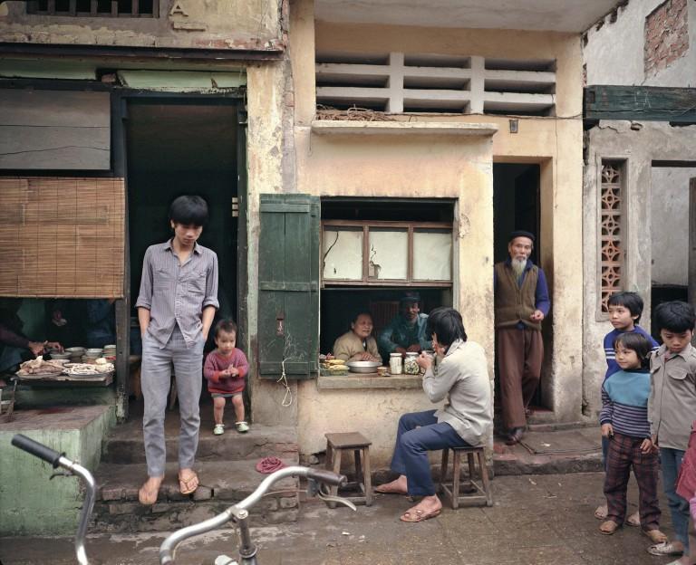 72 Mã Mây (Rattan Street), 1988