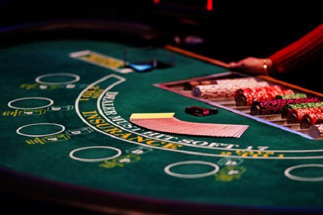 Chơi bài ở Casino trò chơi hấp dẫn nhưng đầy may rủi