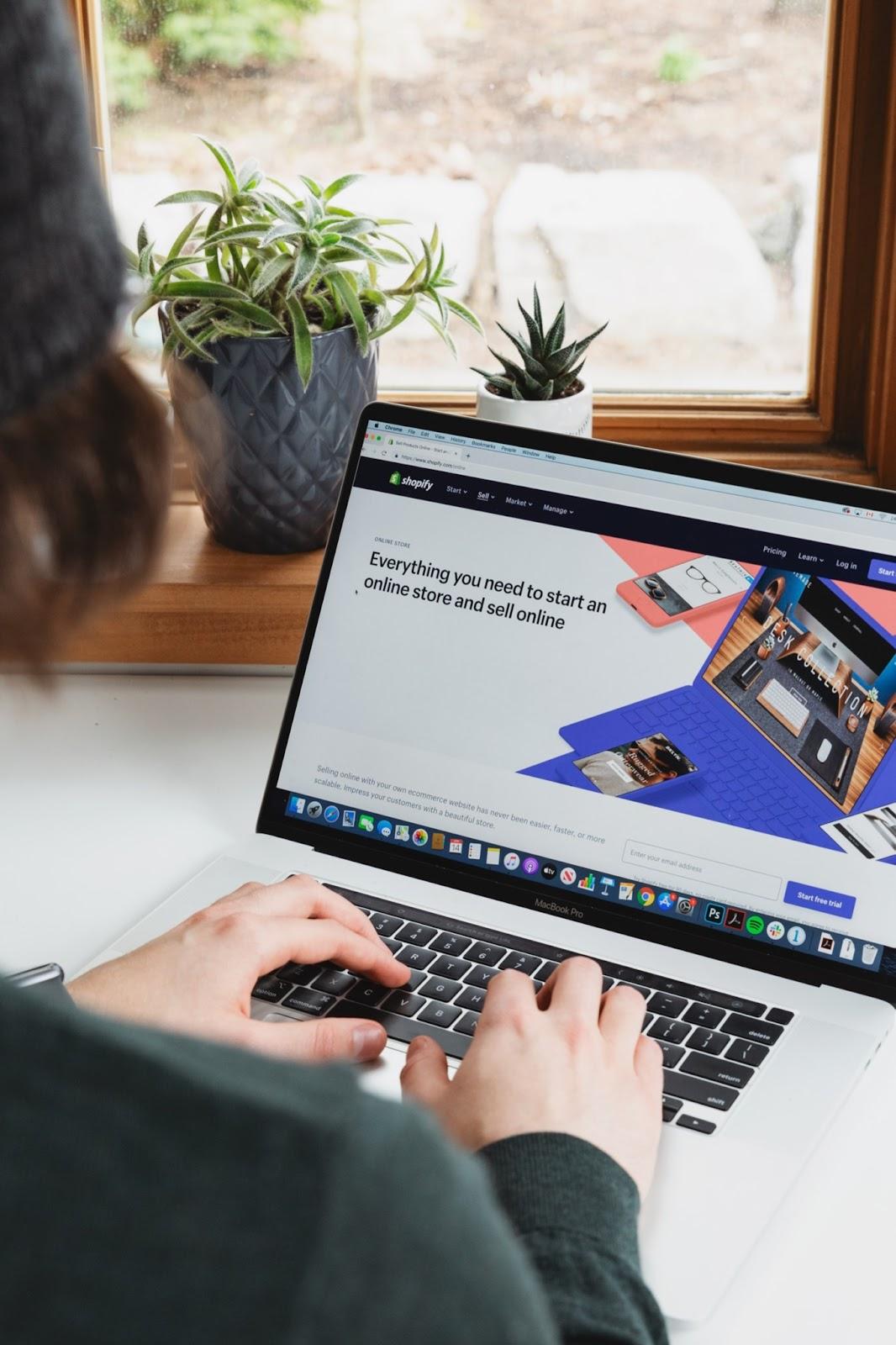 Side hustle to make money - eCommerce site