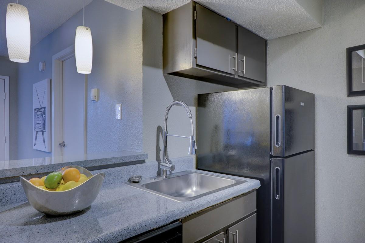 Design Tips For A Cleaner Kitchen 1