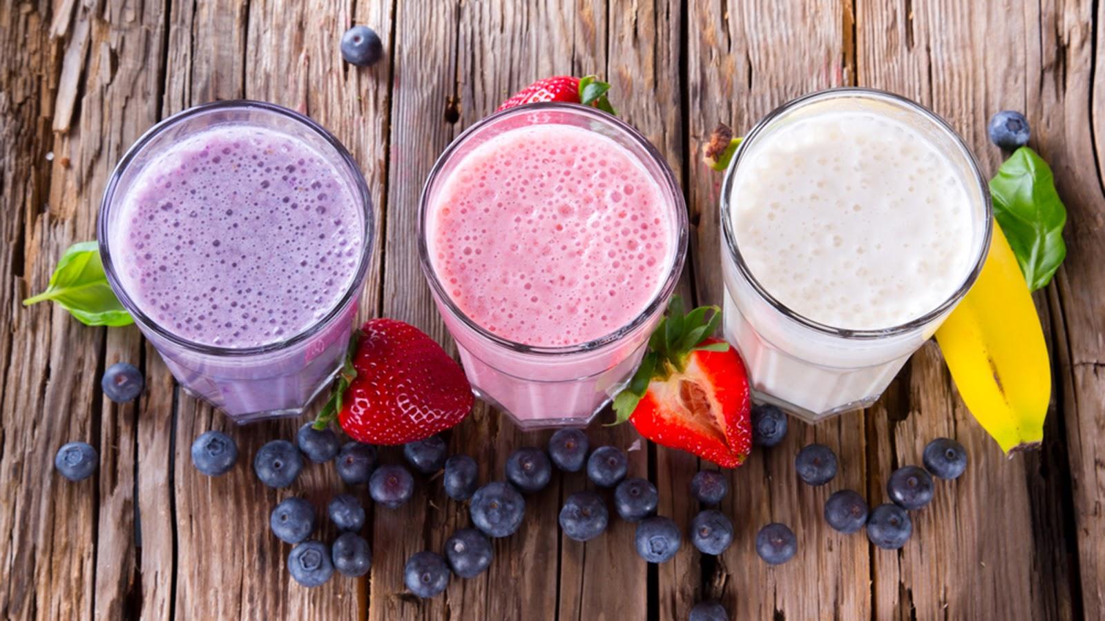 fruit-smoothies-today-tease-1-150805_f1b20de057704b0707570a6613e1f25a.jpg