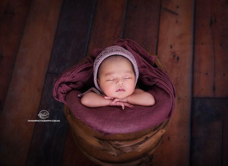 Brisbane newborn baby girl photographed in the bucket