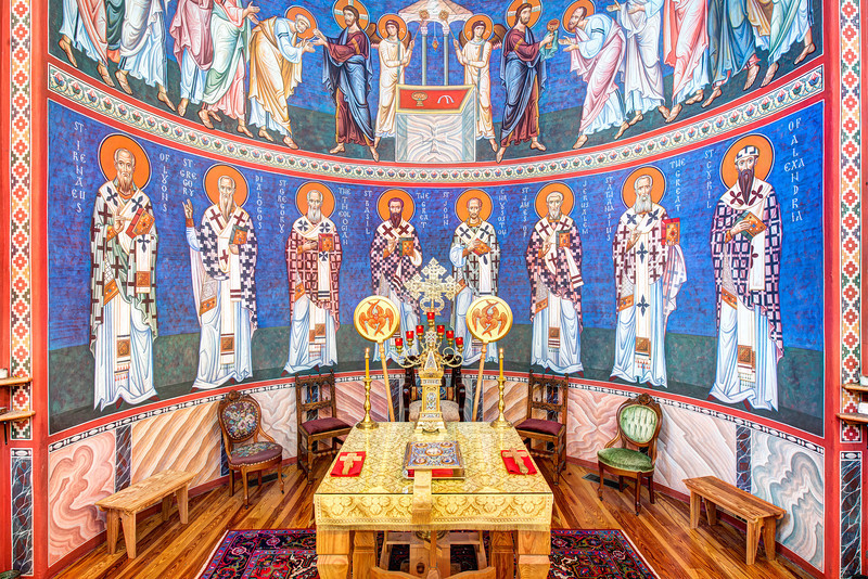 Iconography in Holy Ascension Orthodox Church | Source: thechurchesoftheworld.com