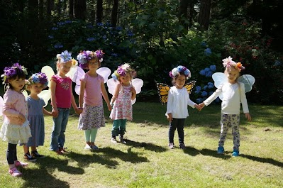 Ages 4-6. Visit our website for full 2018 nature camp details: www.greenplaynw.org/nature-camp/