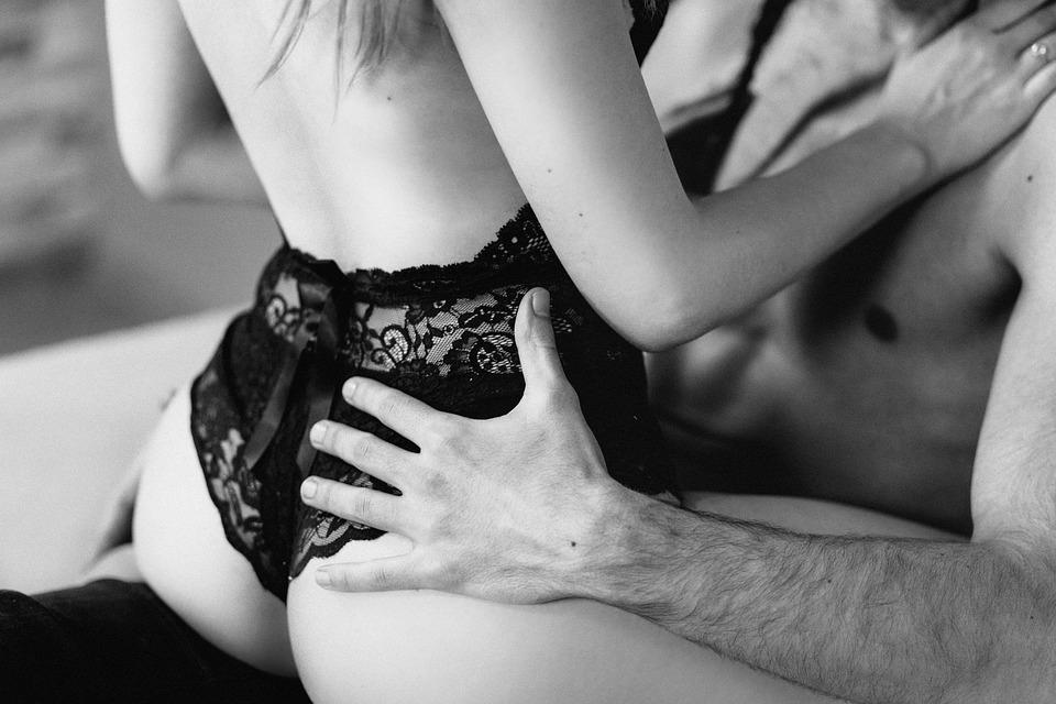 Como satisfazer uma mulher na cama