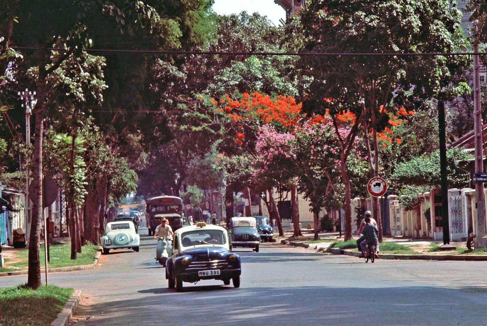 60 tấm ảnh màu đẹp nhất của đường phố Saigon thập niên 1960-1970 - 2