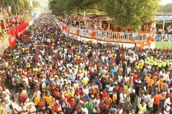 Carnival-Revelers