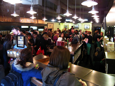 howard-schultz-would-rather-have-long-lines-at-starbucks-than-become-a-fast-food-chain.jpg