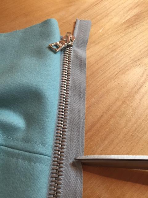 Upline Jacket Sew Along: Week 4 Inserting Zippers & Finishing Details!