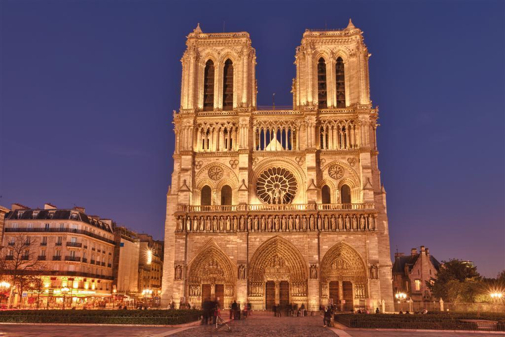 http://imagenes.todoviajes.com/images/galeria/paris/paris-9.jpg