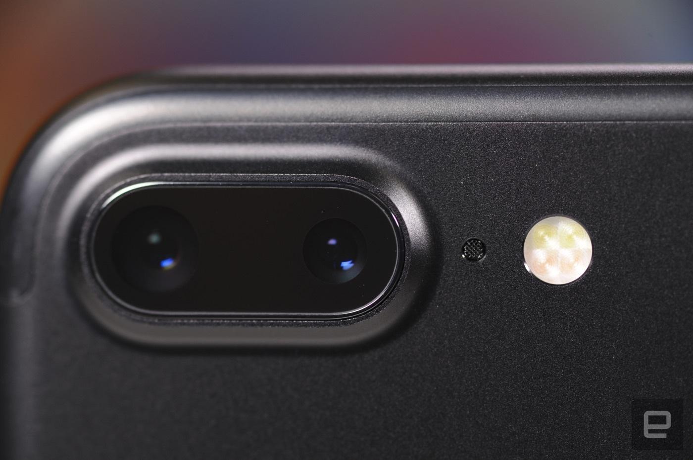 Đánh giá toàn diện Iphone 7 và Iphone 7Plus 3