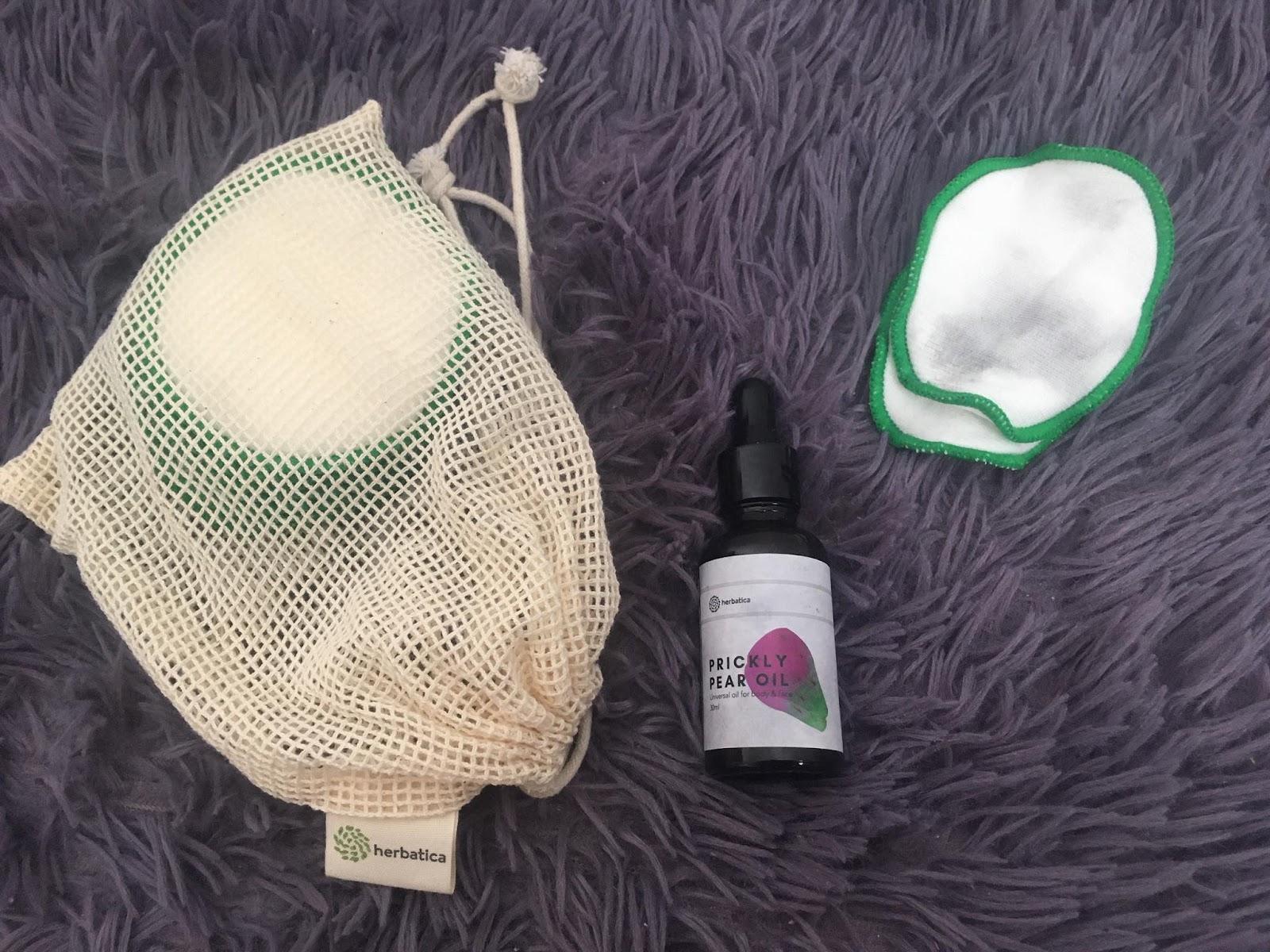 Tampóny a olej Herbatica