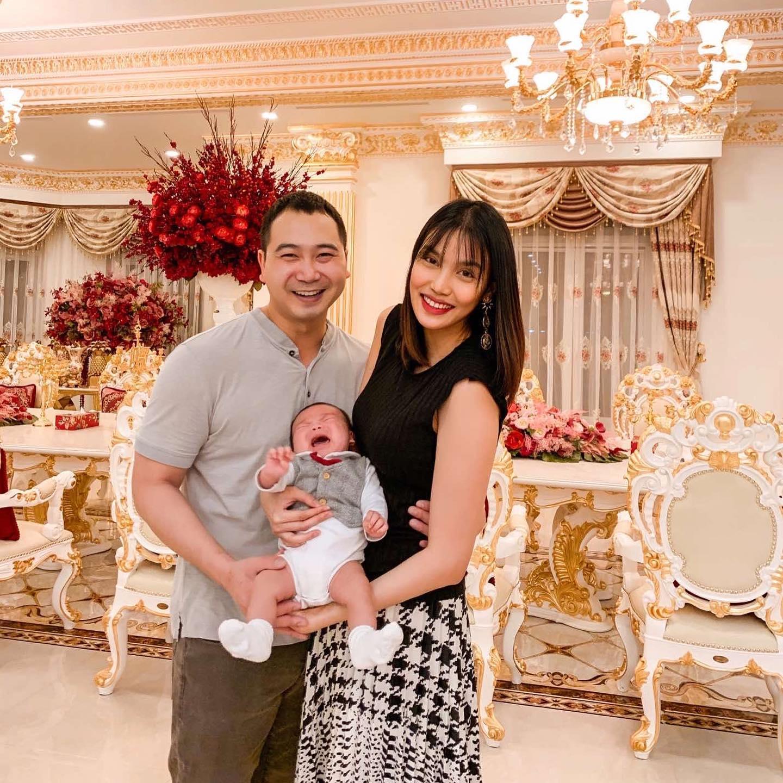 Kỷ niệm 2 năm ngày cưới ông xã Lan Khuê dành những lời ngọt ngào cho vợ - ảnh 4